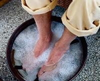 Перекись водорода против грибка ногтей на ногах: нюансы лечения