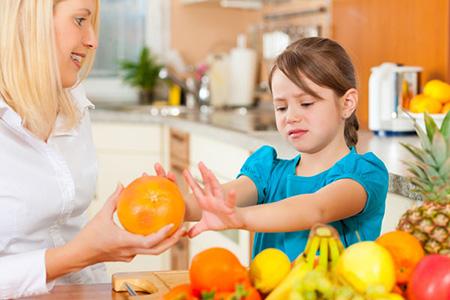 Диета при атопическом дерматите: питание, меню у взрослых, что можно и что нельзя кушать