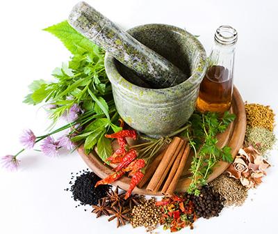 Острая крапивница: причины возникновения, симптомы и лечение, диета у зврослых