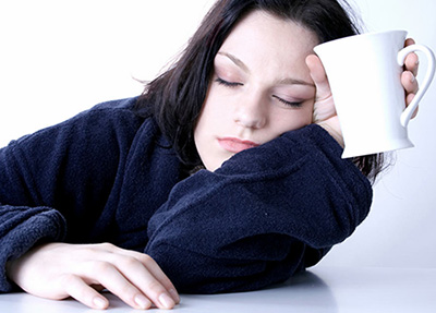 Общая слабость – это первый симптом поражения организма вирусом
