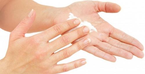 Чтобы уменьшить мучительный зуд, назначают антигистаминные препараты: Зиртек, Тавегил, Кларитин и др.